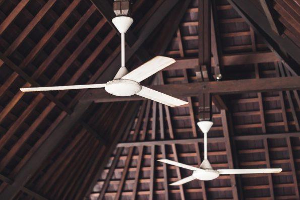 מאוורר תקרה עם 3 כנפיים