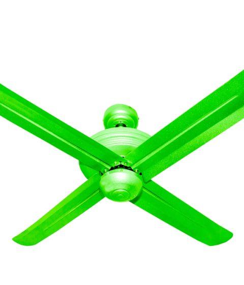 מאוורר תקרה עם כנפיים ממתכת במגוון צבעים